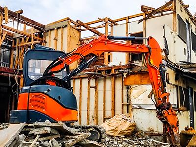 島貫工務店の解体作業